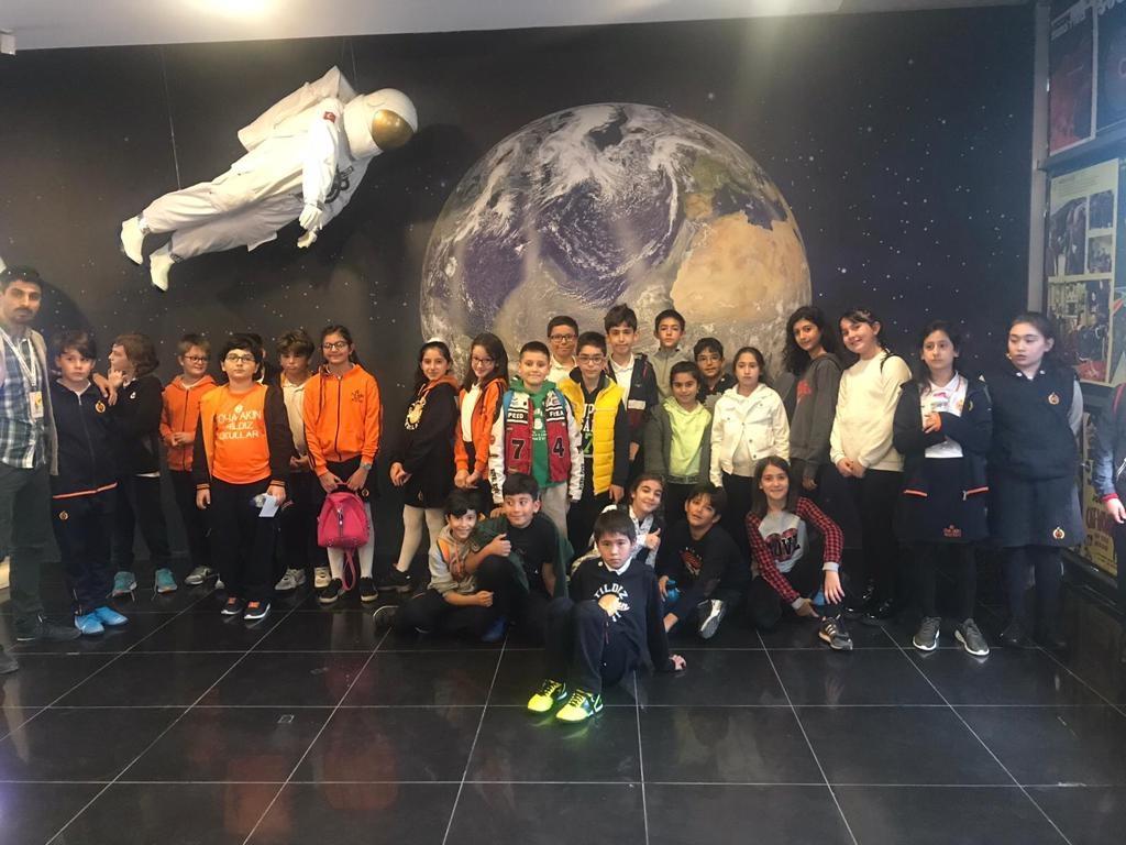 Okulumuzun 5.sınıf öğrencileri Ali Kuşçu Gök bilim Merkezini ziyaret etti